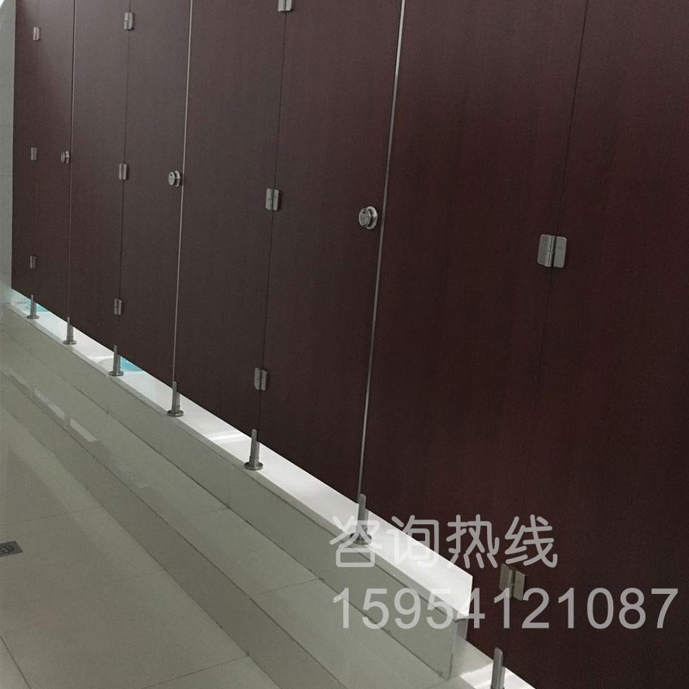 卫生间隔断-山东大学趵突泉校区教学五楼