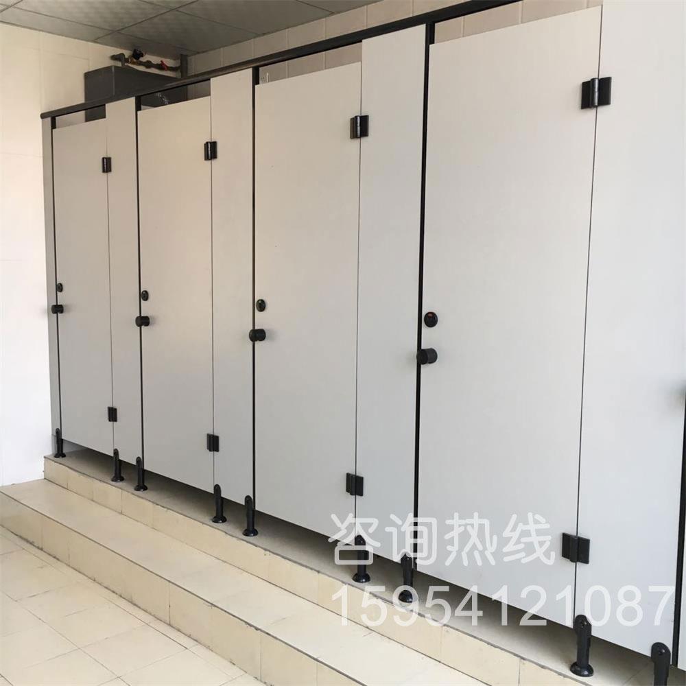 卫生间隔断-华山外国语学校